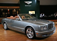 Bentley Azure T 2009 Фото: MotorAuthority